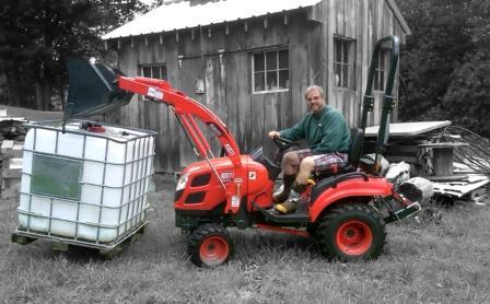 CS2410 Cub Compact Tractor